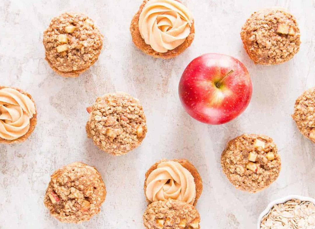 شیرینی سیب یک میان وعده بسیار خوشمزه